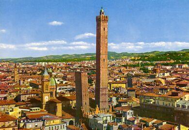 意大利博洛尼亚双塔