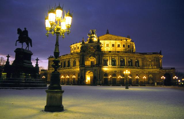 森帕歌剧院