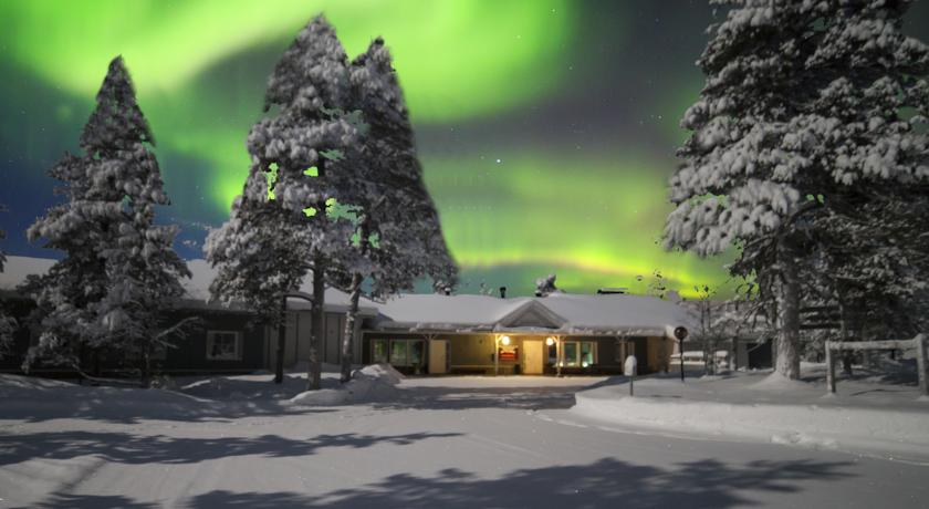 萨利色尔卡的北极光