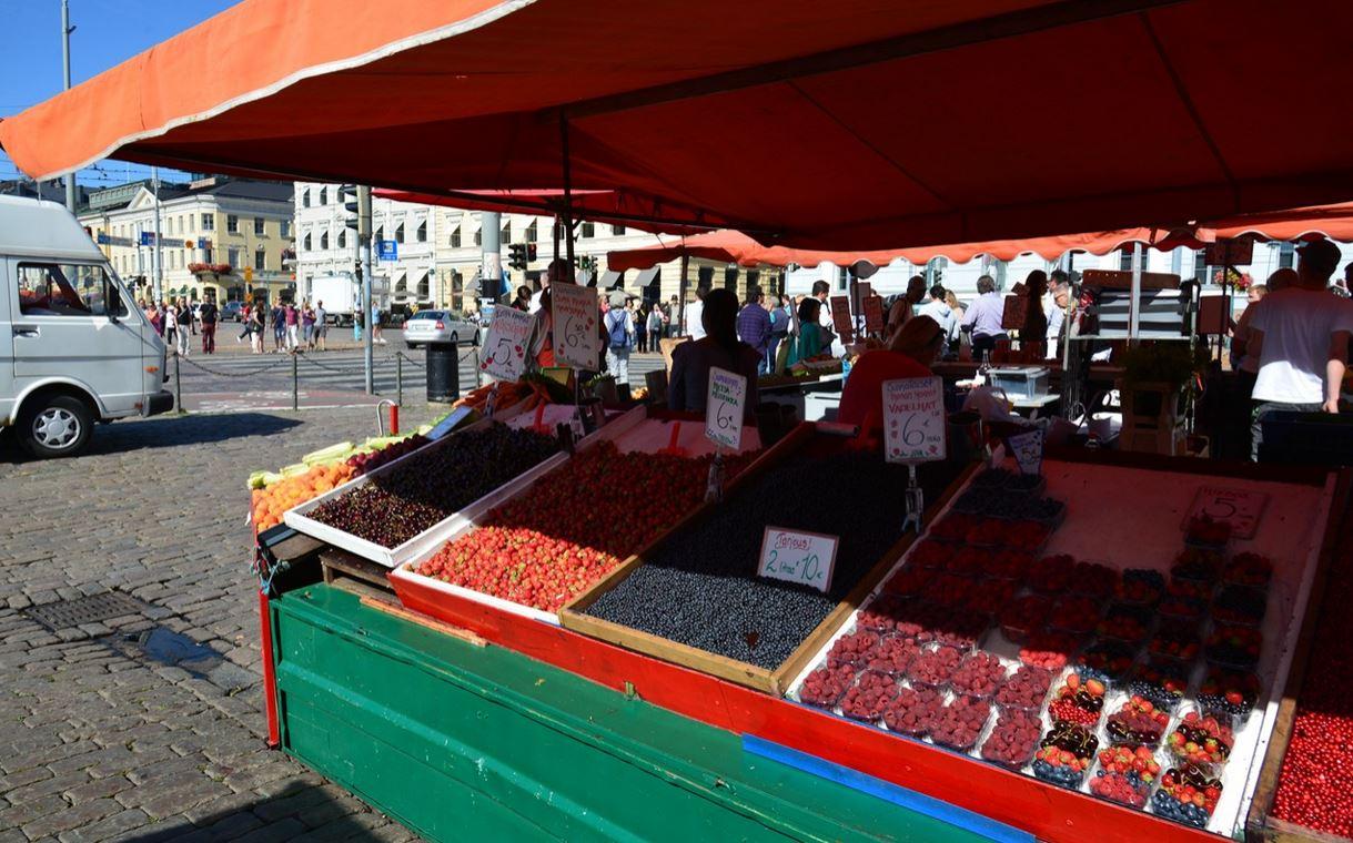 赫尔辛基的露天市场
