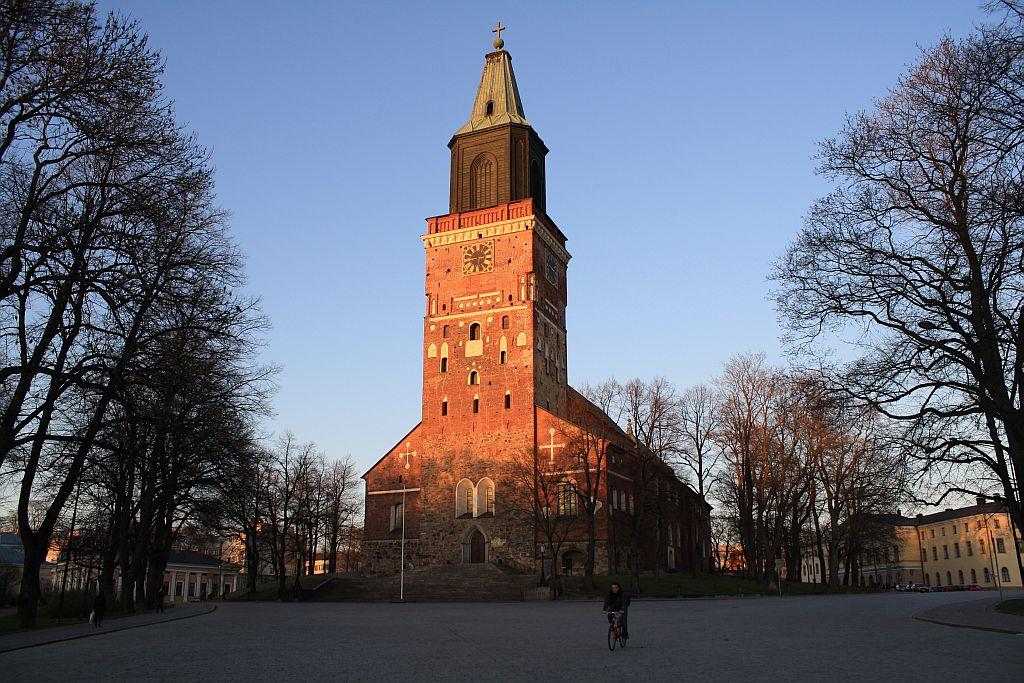 芬兰高端旅游之图尔库大教堂