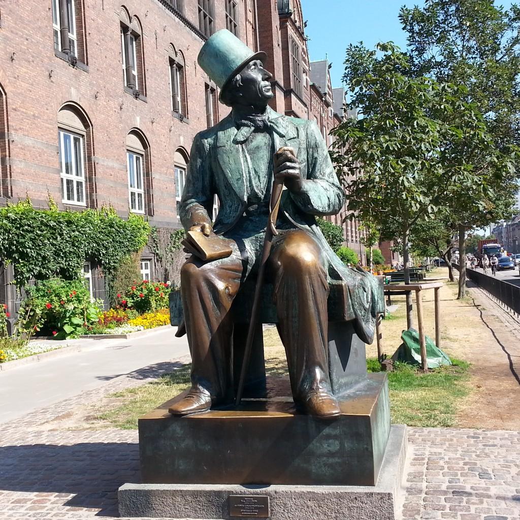 安徒生雕像