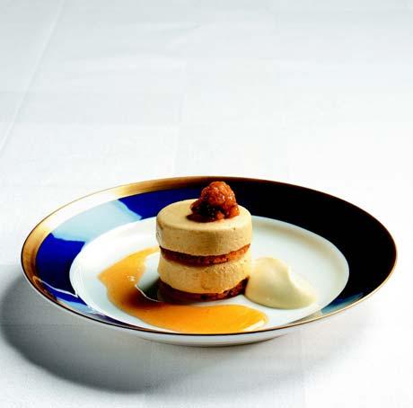 黄莓冻糕Hjortronparfait