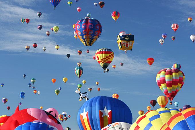 美国新墨西哥州-阿尔伯克基热气球