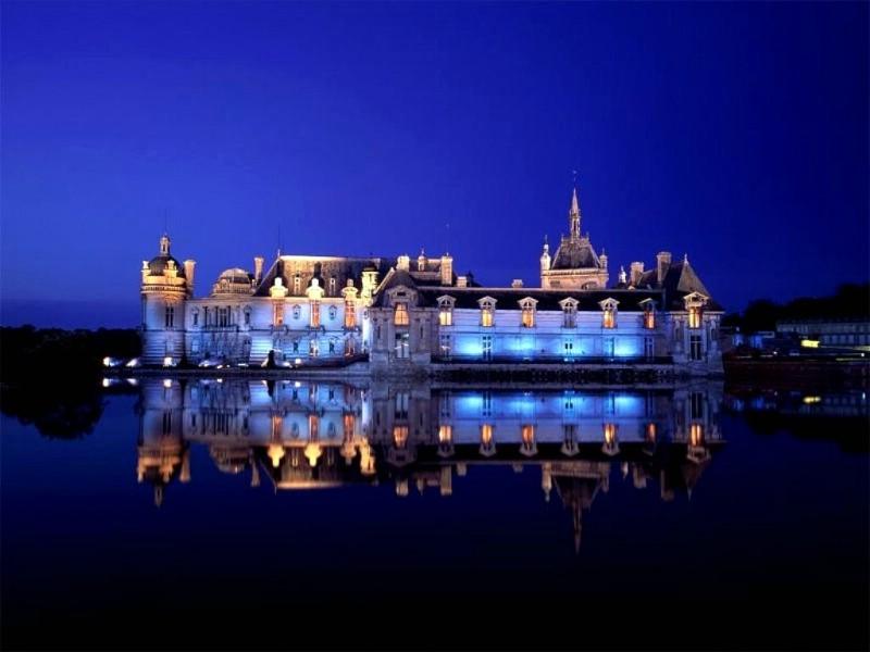尚蒂伊城堡