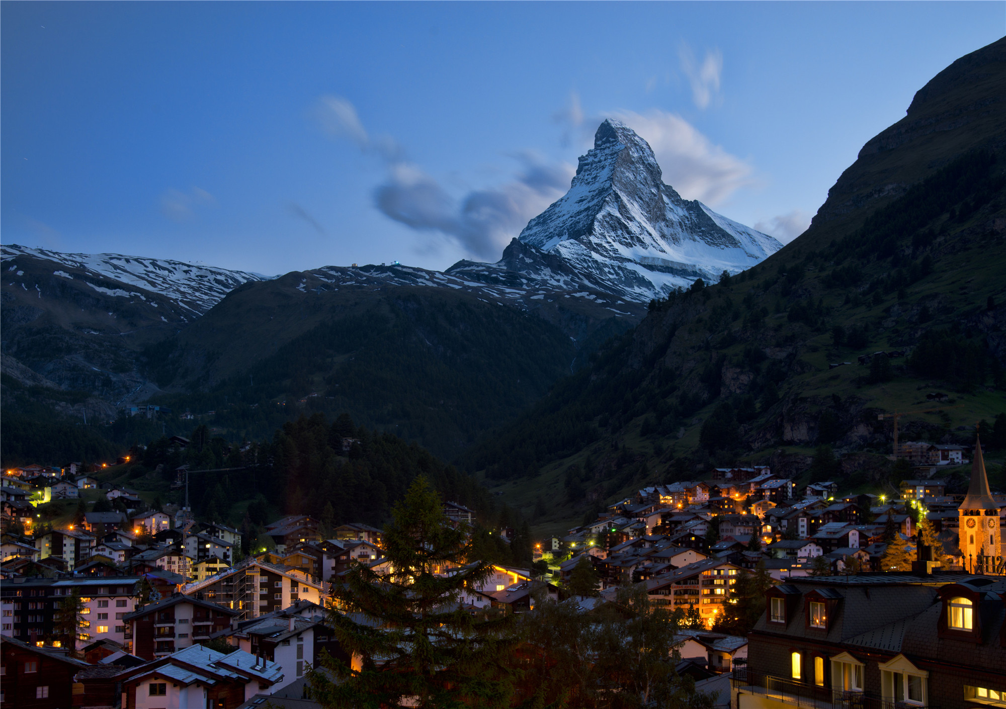 1_zermatt_night_2012