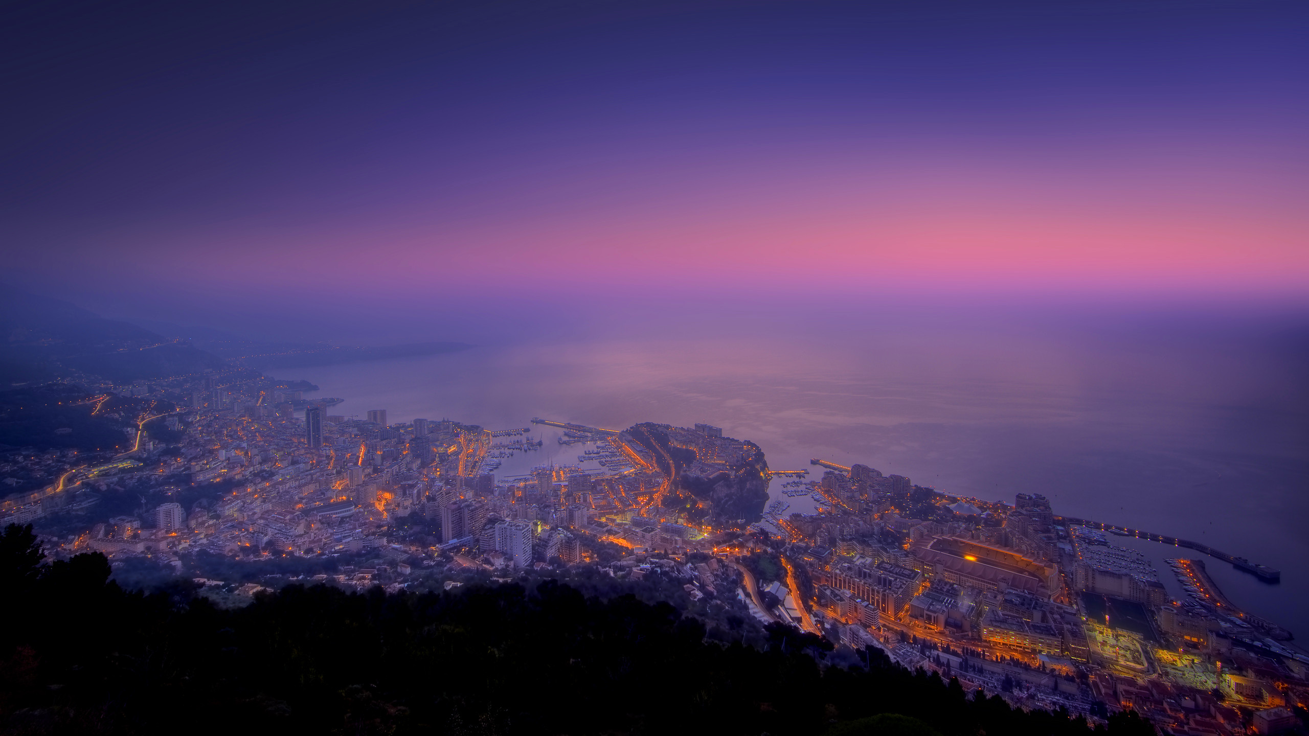 monaco-monte-carlo-in-late-sunset