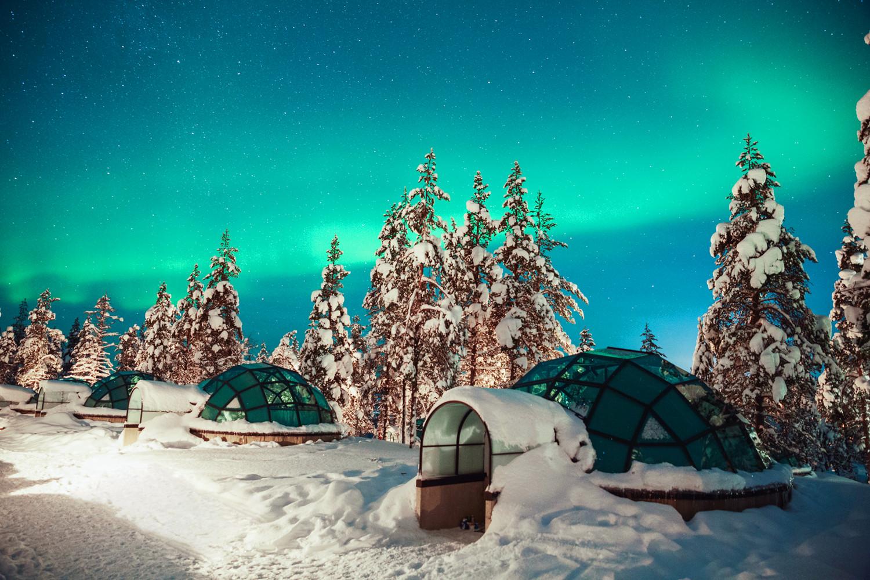 芬兰冰屋极光