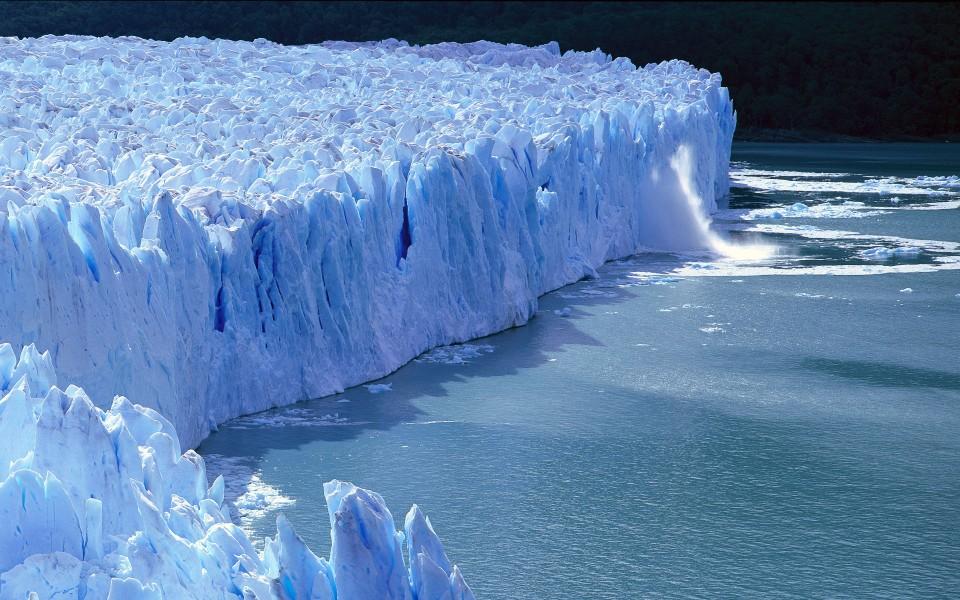 冰川探险旅行