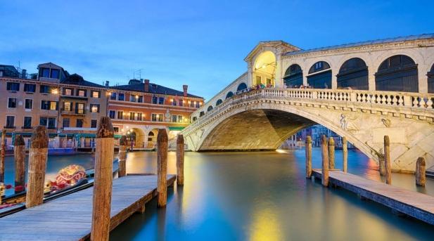 里阿尔托桥